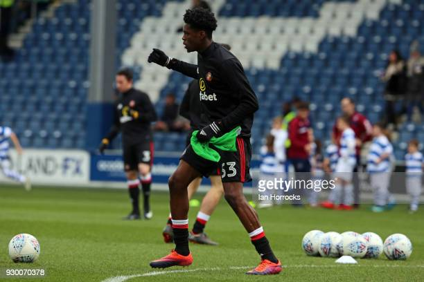 Ovie Ejaria of Sunderland warms up during the Sky Bet Championship match between Queens Park Rangers and Sunderland at Loftus Road on March 10 2018...