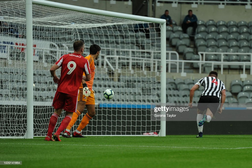 Newcastle United v Sunderland: Premier League 2