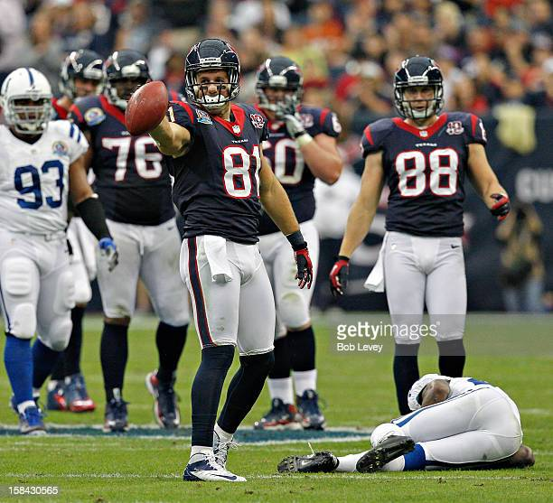 Owen Daniels of the Houston Texans signals first down after a completion against the Indianapolis Colts in the first half at Reliant Stadium on...
