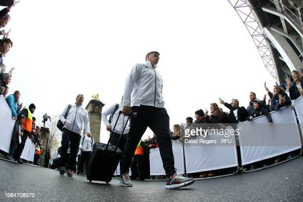 Owen Farrell of England and team mates arrive prior to the Quilter International match between England and Australia on November 24, 2018 in London,...