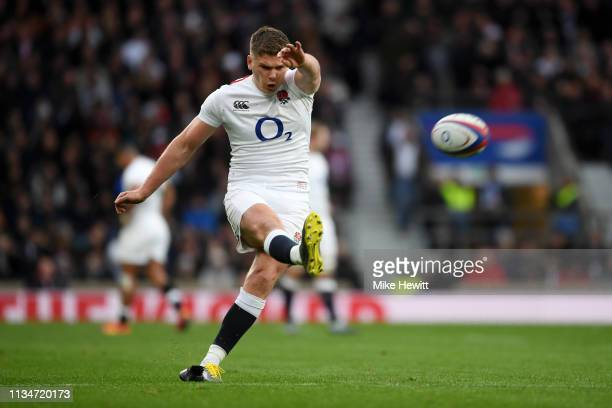 Owen Farrell of England kicks a conversion during the Guinness Six Nations match between England and Italy at Twickenham Stadium on March 09 2019 in...