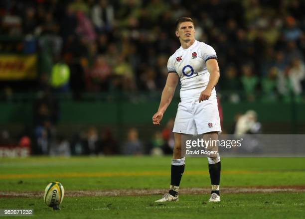 Owen Farrell of England lines up a penalty during the third test match between South Africa and England at Newlands Stadium on June 23 2018 in Cape...