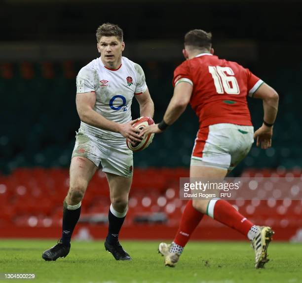 Owen Farrell of England takes on Elliot Dee during the Guinness Six Nations match between Wales and England at Principality Stadium on February 27,...
