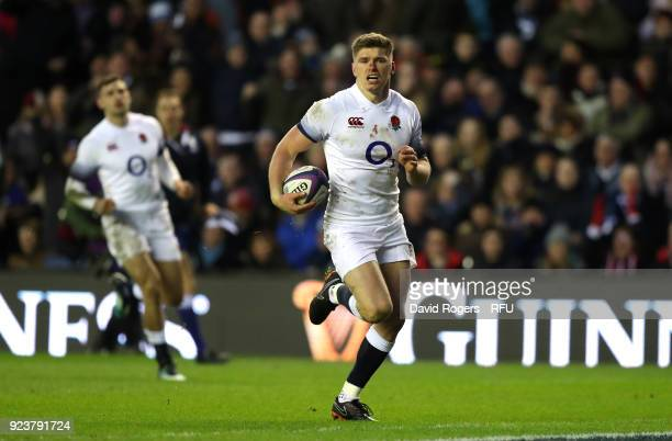 Owen Farrell of England touches down for the first try during the NatWest Six Nations match between Scotland and England at Murrayfield on February...