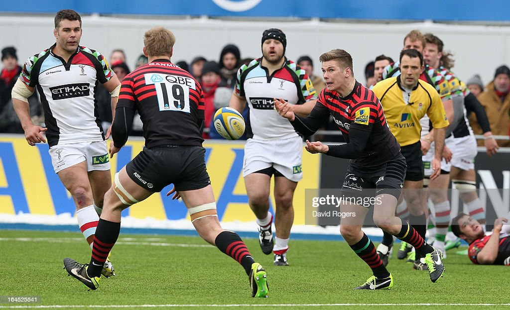 Owen Farrell of Saracens passes the ball during the Aviva Premiership match between Saracens and Harlequins at Allianz Park on March 24, 2013 in Barnet, England.