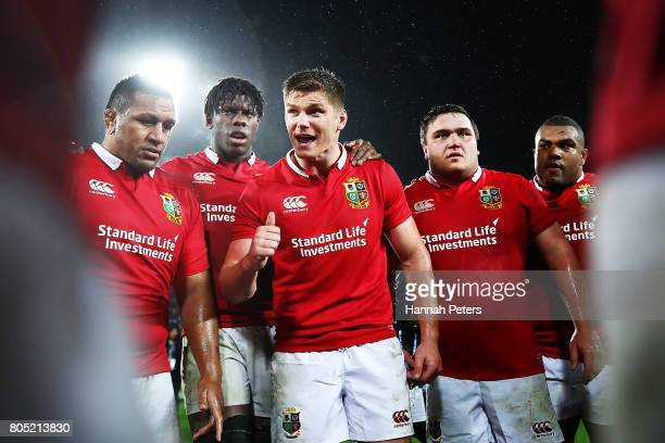 Owen Farrell of the Lions talks to the team after winning the International Test match between the New Zealand All Blacks and the British Irish Lions...