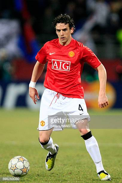 Owen hargreaves pictures and photos getty images owen hargreaves during the 20072008 champions league soccer match between olympique lyonnais and manchester united in altavistaventures Gallery