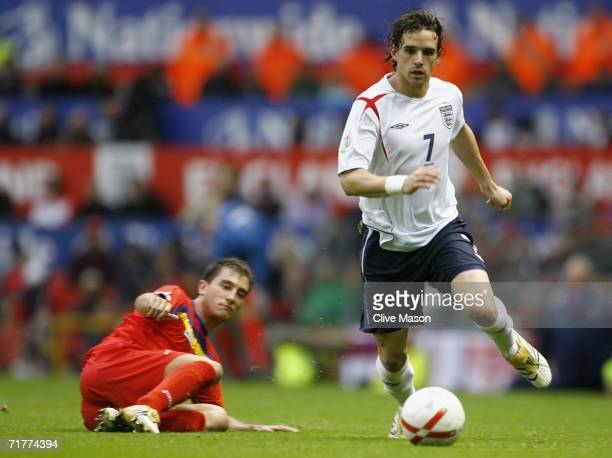Owen Hargreaves of England in action during the Euro 2008 Qualifying match between England and Andorra at Old Trafford on September 2 2006 in...