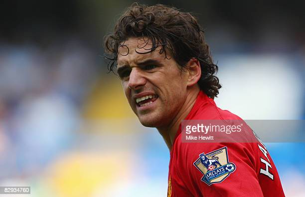 Owen Hargreaves of Manchester United looks on during the Barclays Premier League match between Chelsea and Manchester United at Stamford Bridge on...