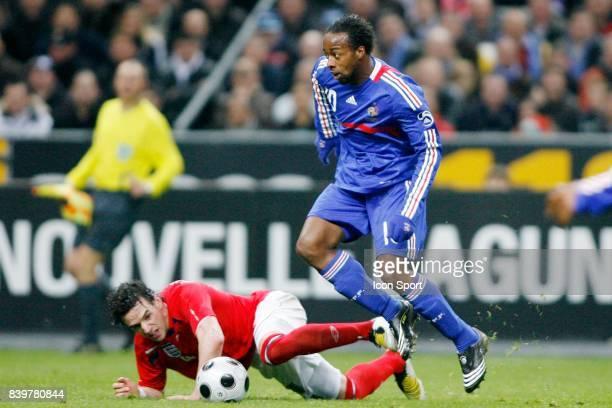 Owen HARGREAVES / Sidney GOVOU France / Angleterre Match Amical Stade de France