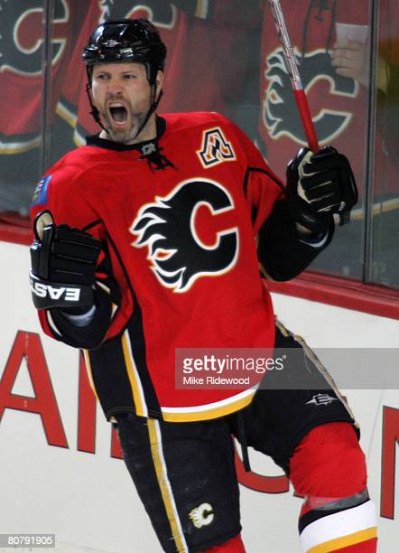 Owen Nolan of the Calgary Flames celebrates his first period goal in a 20 Flames win over the San Jose Sharks in Game 6 of the 2008 NHL Western...