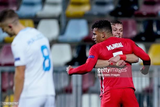 Owen Wijndal of AZ Alkmaar celebrates 1-1 with Jesper Karlsson of AZ Alkmaar during the UEFA Europa League match between Rijeka v AZ Alkmaar at the...