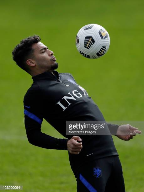 Owen Wijndal of Holland during the Training Holland at the KNVB Campus on March 26, 2021 in Zeist Netherlands
