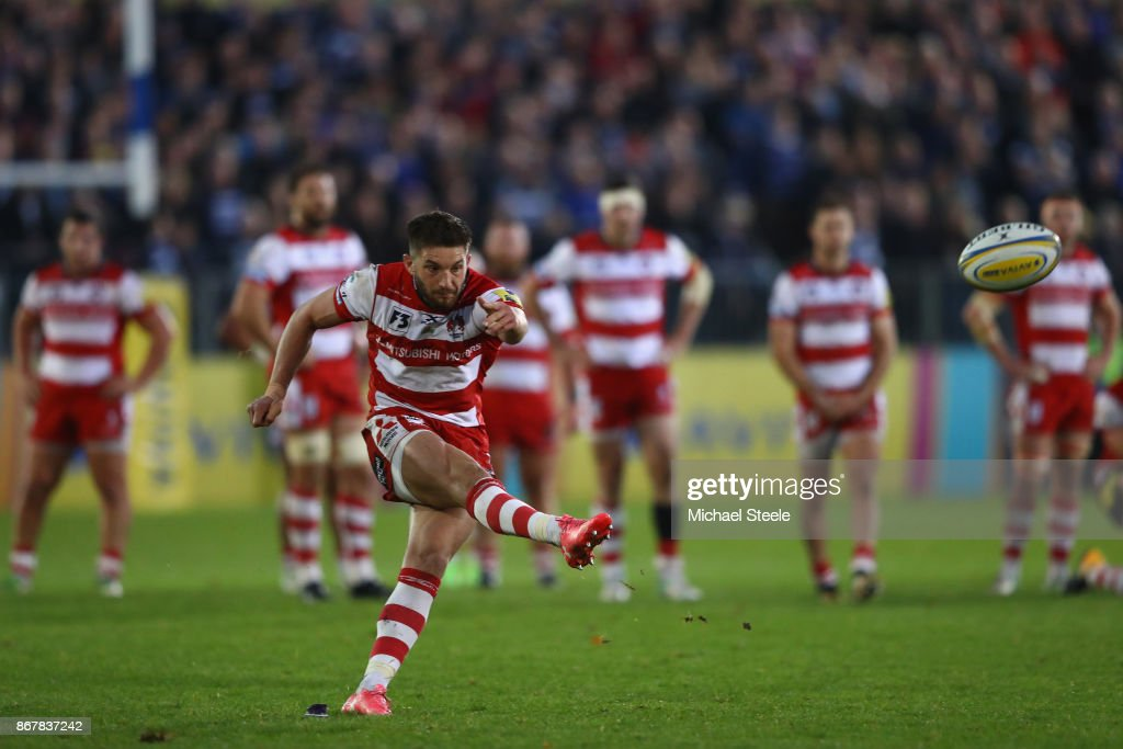 Owen Williams of Gloucester converts the winning penalty following a Ed Slater try during the Aviva Premiership match between Bath Rugby and Gloucester Rugby at the Recreation Ground on October 29, 2017 in Bath, England.