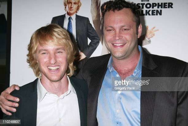 """Owen Wilson and Vince Vaughn during """"Wedding Crashers"""" New York City Premiere - Arrivals at Ziegfeld Theater in New York City, New York, United..."""