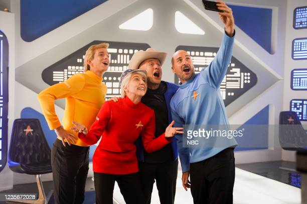 "Owen Wilson"" Episode 1806 -- Pictured: Andrew Dismukes as Oliver Daemen, Heidi Gardner as Wally Funk, host Owen Wilson as Jeff Bezos, and Luke Wilson..."