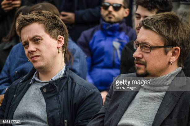 Owens Jones and Xavier Domènech seen hearing interventions during the rally of Catalunya in ComuPodem in BarcelonaEquidistant from the...