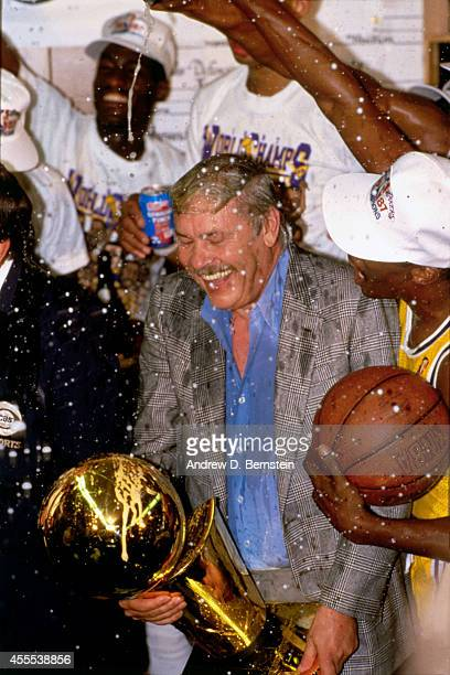 Owner Jerry Buss of the Los Angeles Lakers celebrates after winning Game Six of the 1987 NBA Finals on June 14 1987 at the Great Western Forum in...