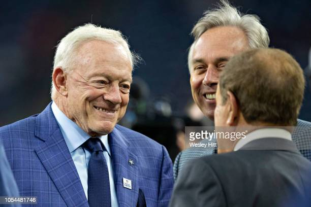 Owner Jerry Jones of the Dallas Cowboys talks with Al Michaels before a game against the Houston Texans at NRG Stadium on October 7 2018 in Houston...