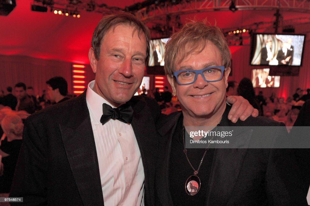 18th Annual Elton John AIDS Foundation Oscar Party - Inside