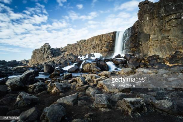 oxararfoss waterfall, thingvellir, iceland - unesco stock-fotos und bilder