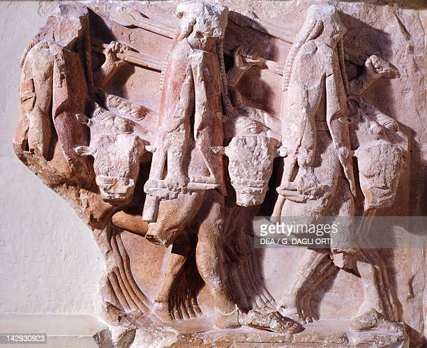 Oxen raid relief of a metope of the Treasury of Sicyon in Delphi Greece Greek civilization 6th Century BC