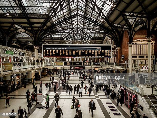 oxford train station - london, uk - station stock pictures, royalty-free photos & images