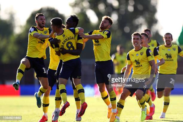 Oxford United celebrate winning the Sky Bet League One Play Off Semi-final 2nd Leg match between Oxford United and Portsmouth FC at Kassam Stadium on...