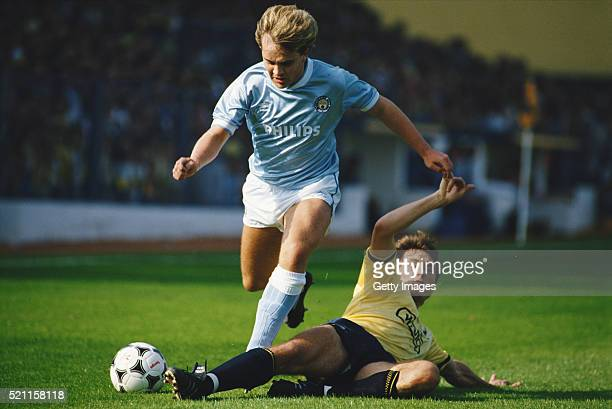 Oxford United player Andy Thomas challenges Andy May of Manchester City during a Canon League Division One match at Manor Ground on September 28 1985...
