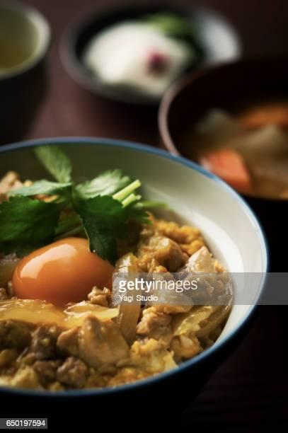 Oyakodon (japanische Huhn und dem Ei Reisschüssel)