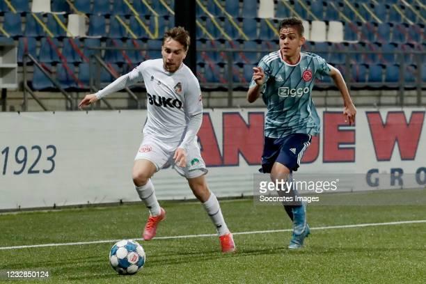 Ozan Kokcu of Telstar, Giovanni Ribeiro of Ajax U23 during the Dutch Keuken Kampioen Divisie match between Telstar v Ajax U23 at the Rabobank IJmond...