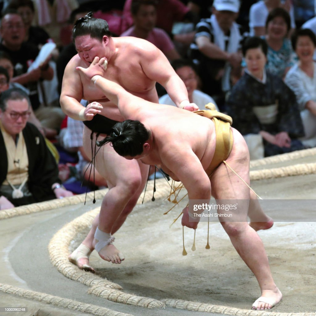 Grand Sumo Nagoya Tournament - Day 9