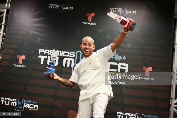 Ozuna poses in the press room during Premio Tu Musica at Coliseo Jose Miguel Agrelot on March 5 2020 in San Juan Puerto Rico