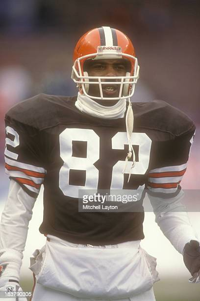 Ozzie Newsome of the Cleveland Browns looks on before a football game against the Houston Oilers on October 29 1989 at Cleveland Stadium in Cleveland...