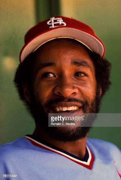 Ozzie Smith of the St Louis Cardinals smiles during a MLB game against the Philadelphia Phillies on April 23 1982 in Philadelphia Pennsylvania