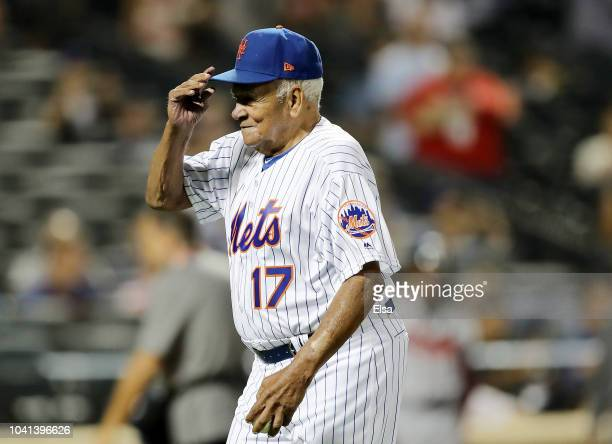 Ozzie Virgil Sr the first Dominicanborn player in the MLB throws out a ceremonial first pitch before the game between the New York Mets and the...