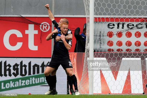 p39 of Paderborn celebrates the first goal with Sven Michel of Paderborn during the Second Bundesliga match between SC Paderborn 07 and Hamburger SV...