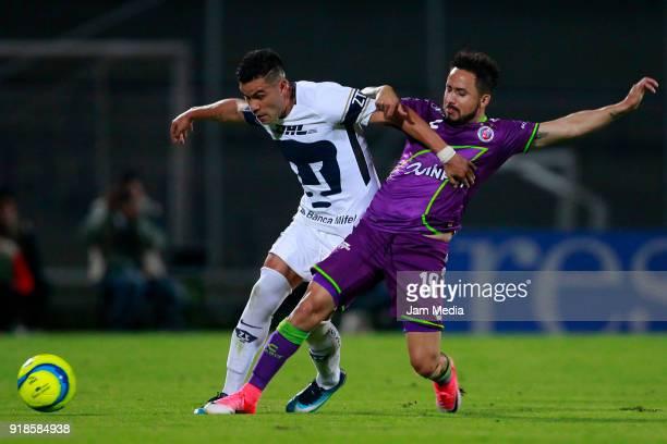 Pablo Barrera of Pumas and Osmar Mares of Veracruz during the 7th round match between Pumas UNAM and Veracruz as part of the Torneo Clausura 2018...