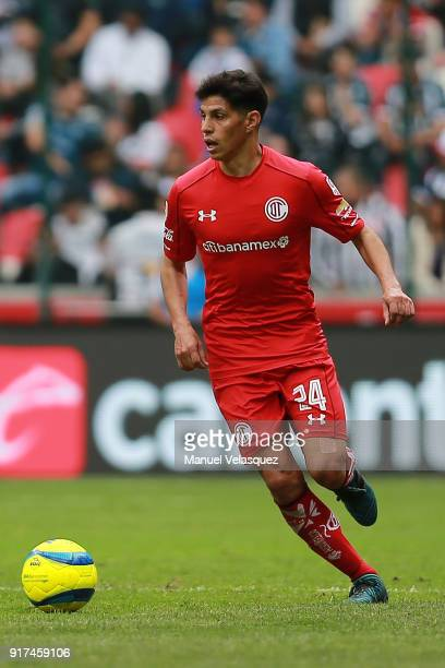 Pablo Barrientos of Toluca drives the ball during the 6th round match between Toluca and Monterrey as part of the Torneo Clausura 2018 Liga MX at...