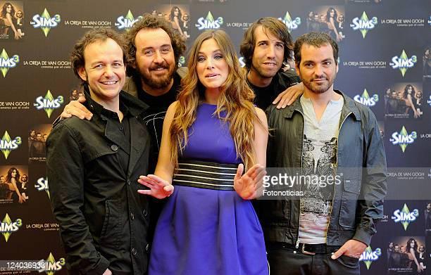 Pablo Benegas, Xabi San Martin, Leire Martinez, Hartiz Garde and Alvaro Fuentes, members of 'La oreja de Van Gogh' launch their new album 'Cometas...
