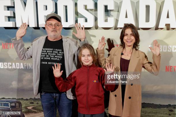 Pablo Carbonell Maria Arellano and Mafalda Carbonell attend the Highwaymen at Capitol cinema on March 25 2019 in Madrid Spain