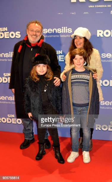 Pablo Carbonell Maria Arellano and their daughter Mafalda Carbonell attend the photocall premiere of 'Sin Rodeos' at the capitol cinema on February...