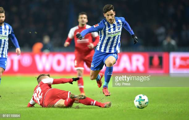 Pablo de Blasis of FSV Mainz 05 and Mathew Leckie of Hertha BSC during the first Bundesliga game between Hertha BSC and 1st FSV Mainz 05 at...