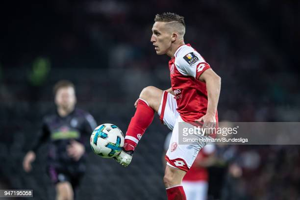Pablo De Blasis of Mainz is disappointed during the Bundesliga match between 1 FSV Mainz 05 and SportClub Freiburg at Opel Arena on April 16 2018 in...