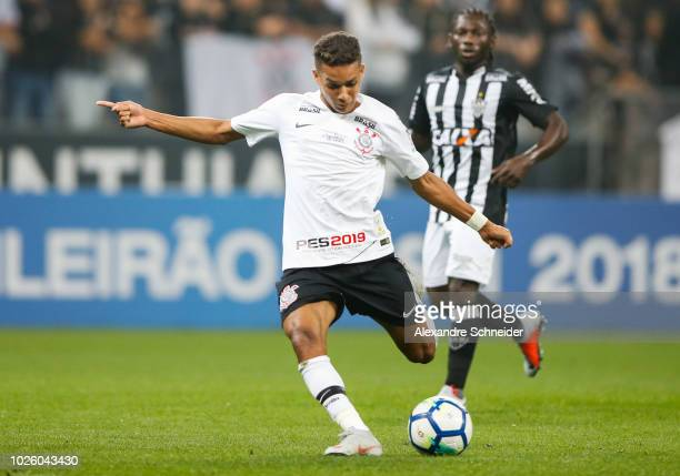 Pablo Escobar of Corinthians and China of Atletico MG in action during the match between Corinthians and Atletico MG for the Brasileirao Series A...