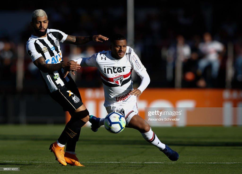 Sao Paulo v Santos - Brasileirao Series A 2018