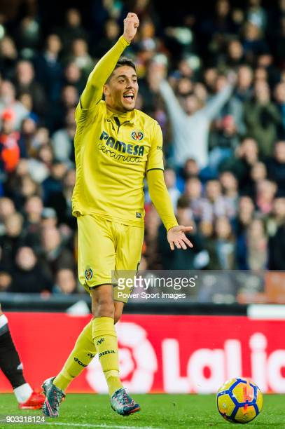Pablo Fornals of Villarreal CF gestures during the La Liga 201718 match between Valencia CF and Villarreal CF at Estadio de Mestalla on 23 December...