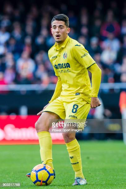 Pablo Fornals of Villarreal CF in action during the La Liga 201718 match between Valencia CF and Villarreal CF at Estadio de Mestalla on 23 December...
