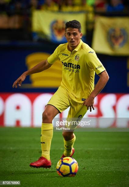 Pablo Fornals of Villarreal CF in action during the La Liga match between Villarreal CF and Malaga CF at Estadio de la Ceramica on november 5 2017 in...