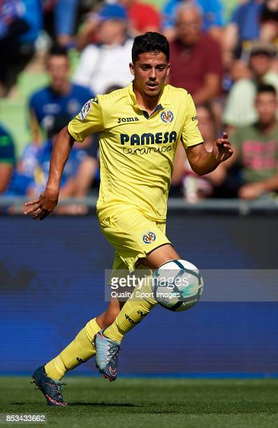 Pablo Fornals of Villarreal runs with the ball during the La Liga match between Getafe and Villarreal at Coliseum Alfonso Perez on September 24 2017...
